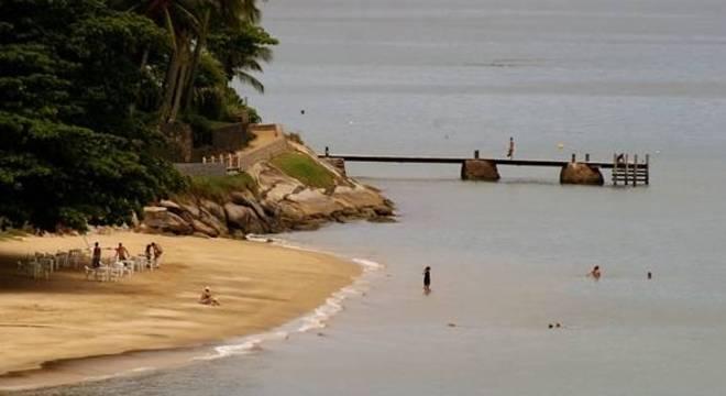 Por 10 dias, Ilhabela não vai receber turistas e balsas são só para emergência