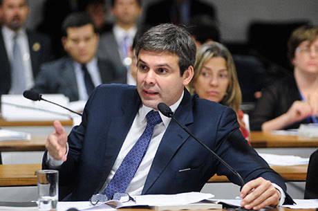 Lindbergh foi prefeito de Nova Iguaçu de 2005 a 2010