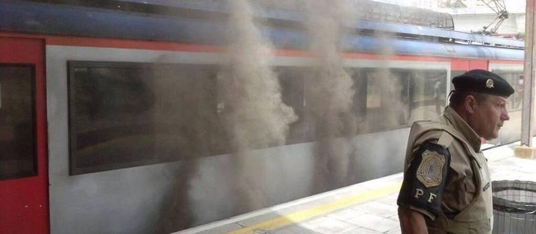 CPTM diz que trem apresentou uma avaria antes do incêndio