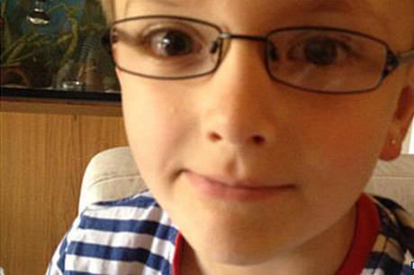 Thomas já fez passou por cirurgia para melhorar a visão