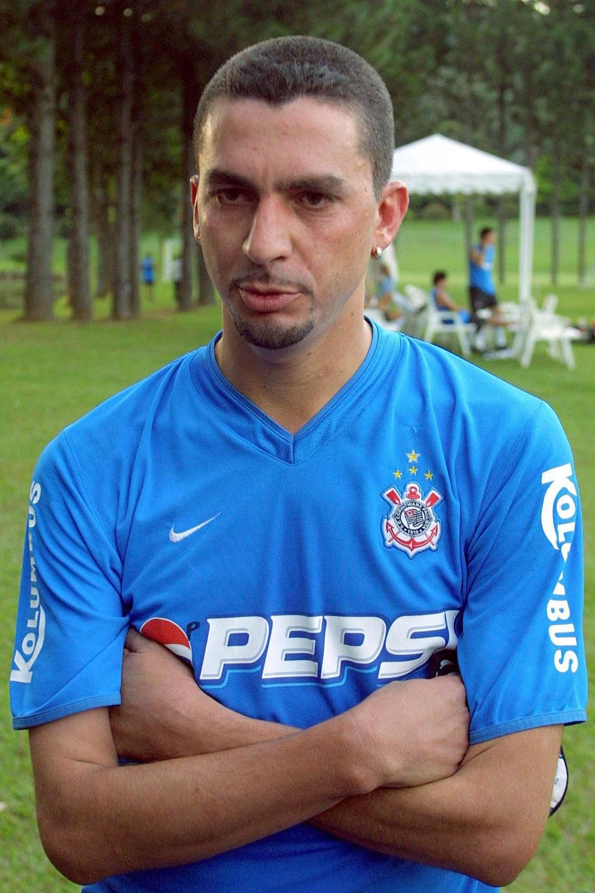 Ex-Corinthians e Santos, Piá é preso no interior paulista
