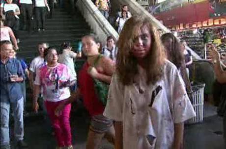 A estudante Estefânia Alves participou da iniciativa e conta que percebeu a reação repulsiva das pessoas