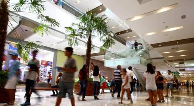 A associação criou um canal de atendimento com lojistas