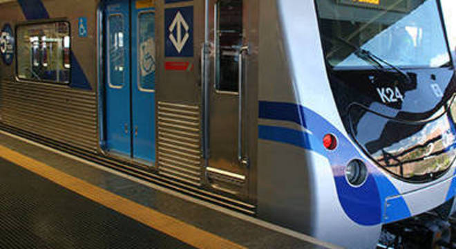 Estações da linha 15 seguem fechada