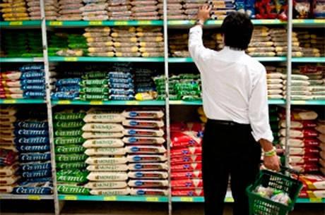 Pressão afeta arroz, feijão, leite, carne e óleo, diz Abras
