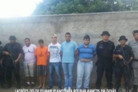 Cinco pessoas foram presas em flagrante e outras sete são investigadas