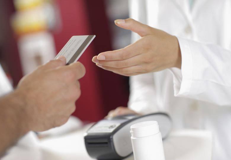 Cartões pré-pagos oferecem consultas, exames e cirurgias até 90% mais baratos