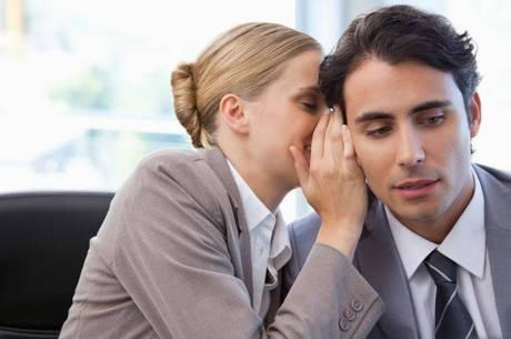 Rede de intrigas é prejudicial às relações dentro da empresa