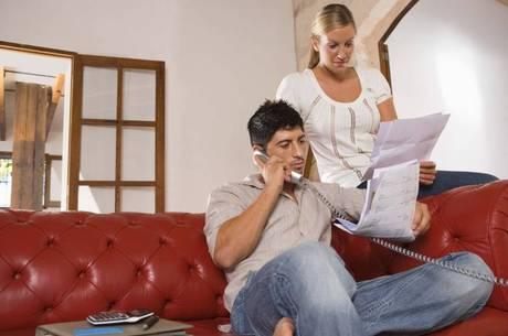 Com o relatório das dívidas, consumidor pode iniciar a negociação