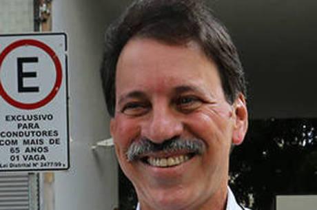 Delúbio Soares vai cumprir restante da pena em casa