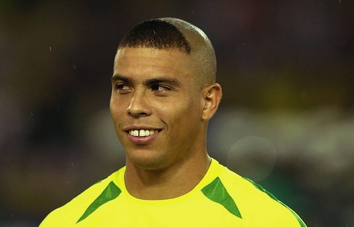 81cc62743f7aa Duelo  qual o jogador mais feio do mundo  - Duelos - R7 Futebol