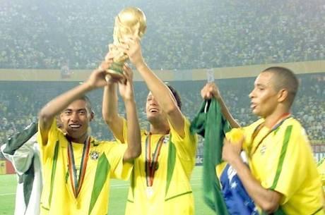 Pentacampeonato brasileiro comemora 15 anos hoje 0f1884556f89f