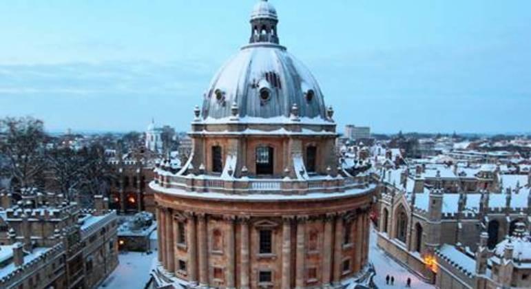 Universidade de Oxford, na Inglaterra, oferece bolsa de estudos para estrangeiros