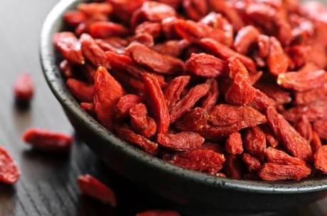 Goji berry é uma pequena fruta do sul da Índia rica em proteínas, vitamina C e ácidos graxos