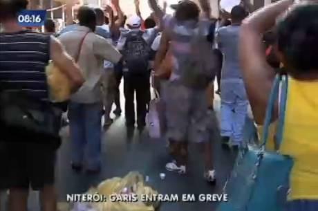 Garis fizeram protesto no centro de Niterói na quinta-feira