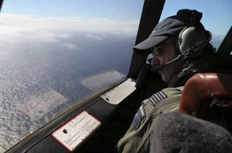 Avião da Malaysia Airlines desapareceu em 8 de março com 239 pessoas a bordo