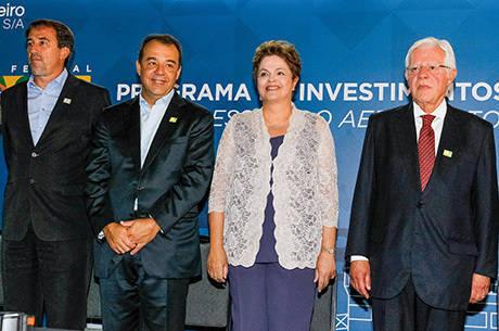 Dilma participou da cerimônia de concessão do Aeroporto do Galeão