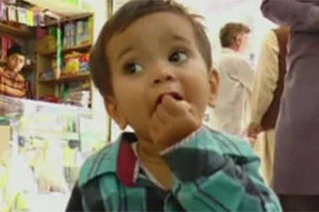 Muhammad Mosa Khan, de apenas nove meses, foi liberado sob fiança