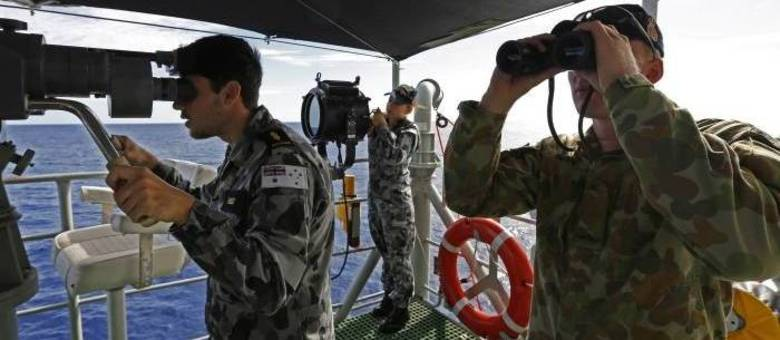 Equipes de buscas continuam esforços para encontrar o avião desaparecido no dia 8 de março