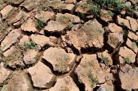 Nível de água da represa Jaguari, na cidade de Vargem, no interior de SP, está cada vez mais baixo