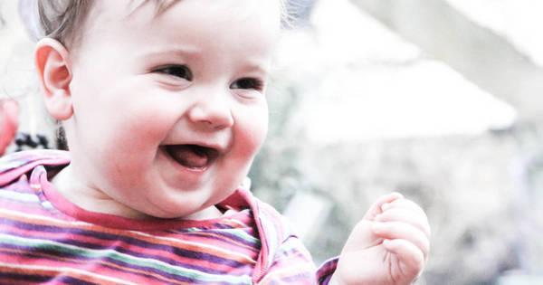 No Flagra Bebê Mais Feliz Do Mundo Aparece Sorrindo Na