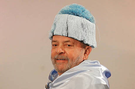 No mês passado Lula foi homenageado por universidade espanhola