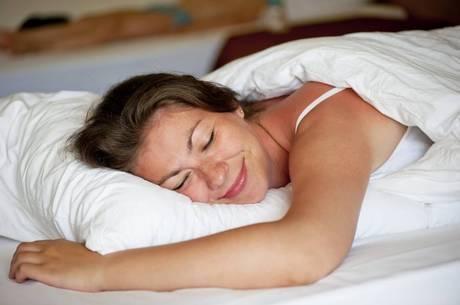 Navega na internet antes de dormir pode prejudicar o sono