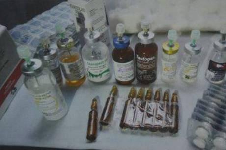 Pacientes deixam de relatar uso de anabolizantes por prática ser ilegal