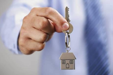 Para recuperar clientes, as construtoras, incorporadoras, imobiliárias e donos de imóveis estão reacomodando os preços