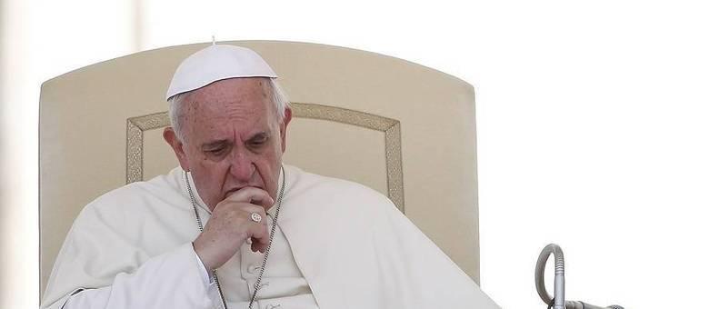 Novas medidas visam conter os escândalos que vêm constrangendo a Igreja católica