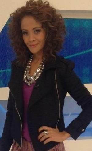 Aline Borges interpreta Laíza em Vitória