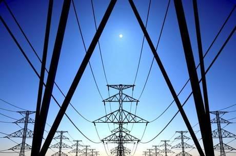 Aneel indica que condições de geração de energia no Pais estão desfavoráveis e contas de luz devem ficar mais caras em janeiro