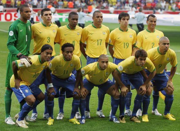 Saiba Por Onde Anda A Selecao Brasileira Que Decepcionou Em 2006 Fotos R7 Copa Do Mundo 2014