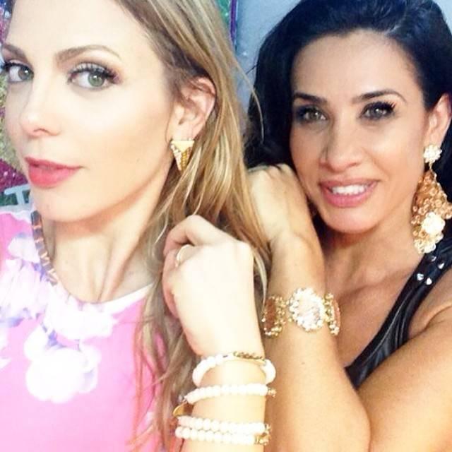 Sheila Mello e Scheila Carvalho já têm nova coreografia! Veja o vídeo