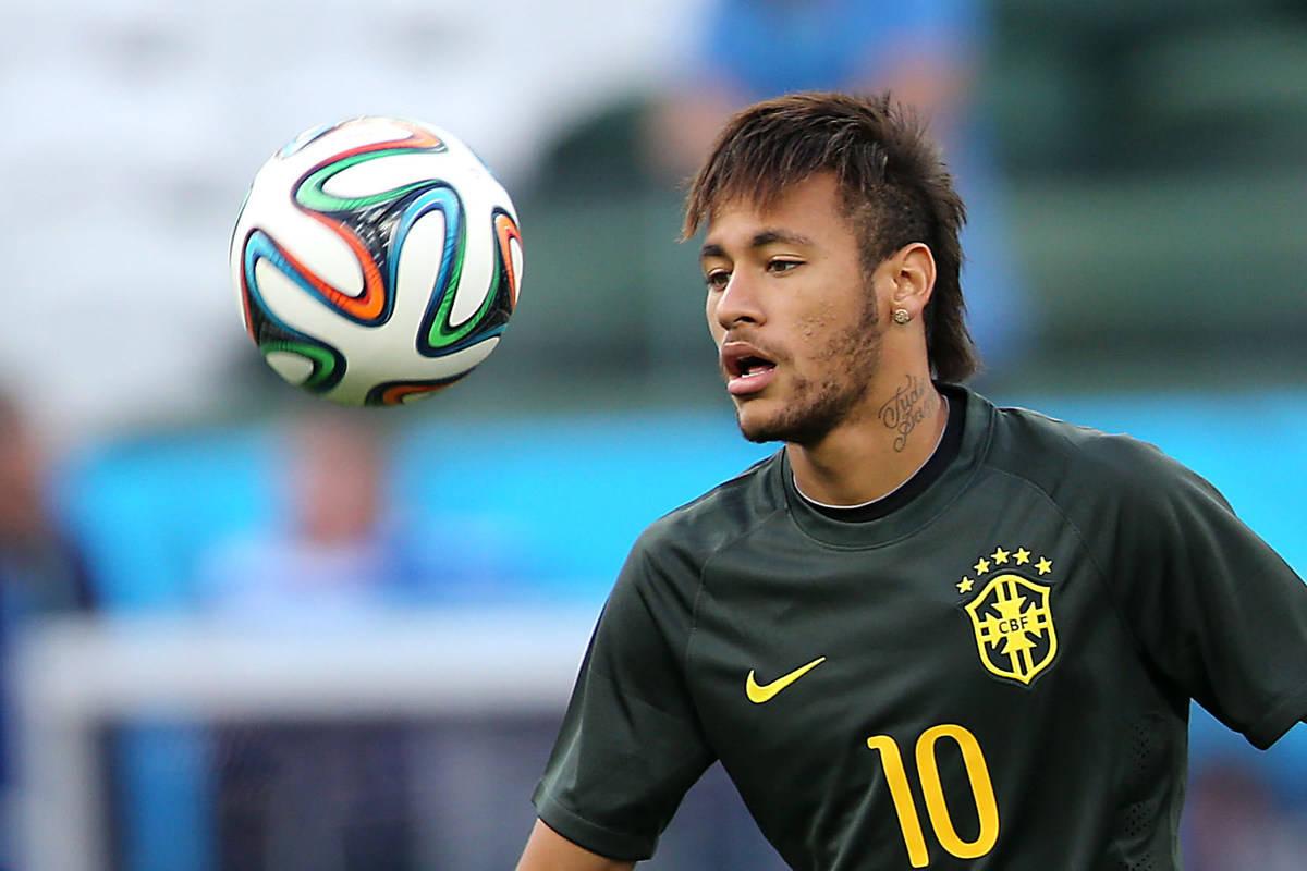 Neymar se espelha em Ronaldo e Romário, mas minimiza protagonismo para ser campeão