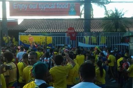 Torcida colombiana marcou presença em Belo Horizonte
