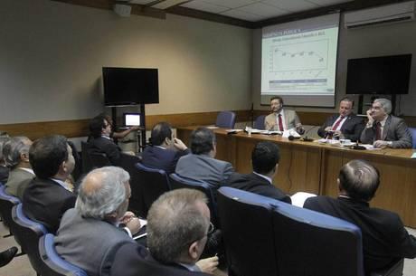 O ICMS (Imposto sobre Circulação de Mercadorias e Serviços), apresentou um incremento nominal de 12,64%.
