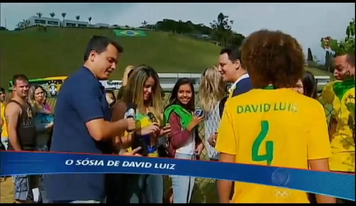Esporte Fantástico flagra o sósia mirim de David Luiz na torcida brasileira