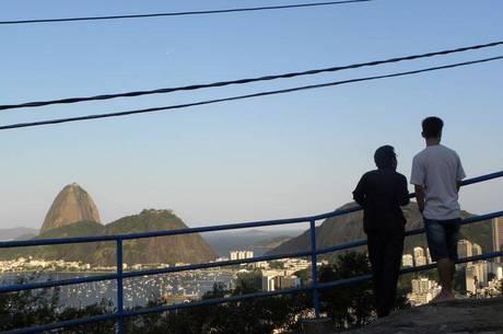 Confira as atrações que têm levado turistas às favelas cariocas