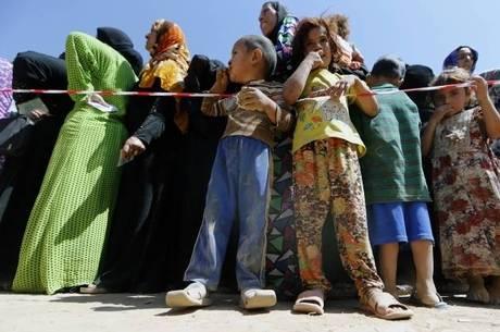 O povo curdo sofre com duas guerras, uma na Síria e outra no Iraque