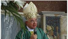 Vaticano diz que bispos católicos não têm que relatar abusos contra crianças