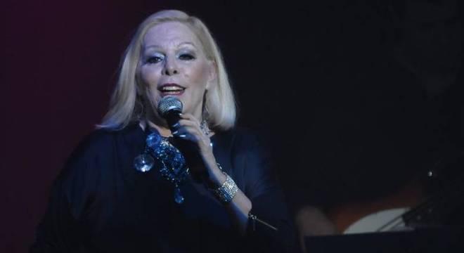 Estado de saúde da cantora é frágil e preocupante