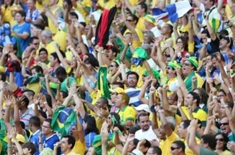 87325a79d27d3 Torcida brasileira se empolga quando o assunto é rivalidade com a Argentina