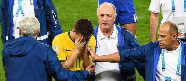 """O só esforçado Oscar garantiu o que estupidamente se chama de """"gol de honra"""" na derrota por 7 a 1 para a Alemanha"""
