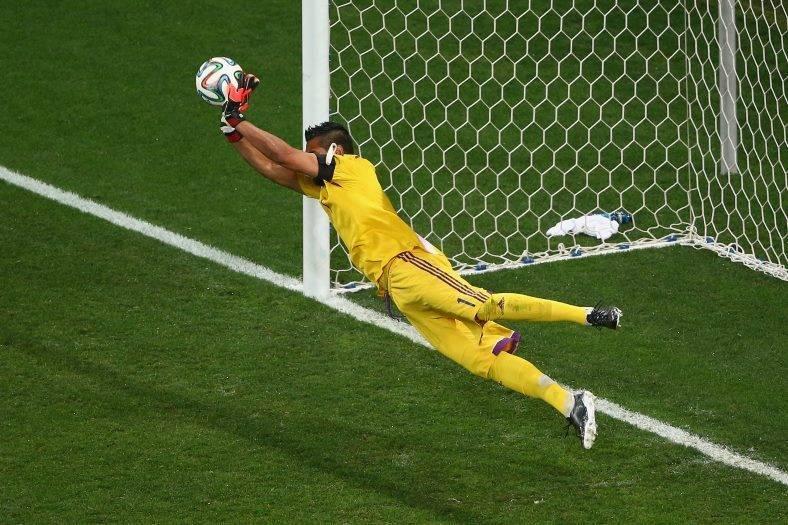Romero diz que classificação da Argentina foi 'sorte'