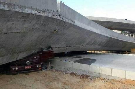 Estrutura desabou em avenida de ligação ao Mineirão e aeroporto