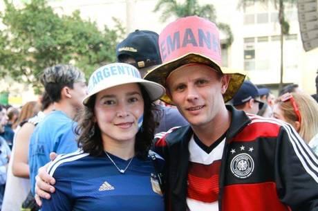 Apesar de a Copa do Mundo contar apenas com seleções de 32 nacionalidades, turistas de 203 países desembarcaram no Brasil