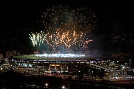 Maracanã dá adeus à Copa com show de fogos na final do Mundial
