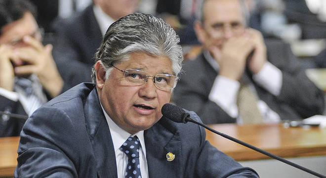 Ex-senador Clésio Andrade teve sentença anulada