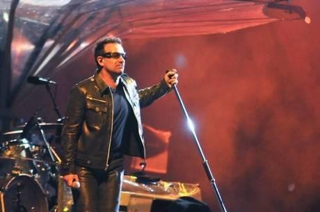 Bono durante show no Brasil